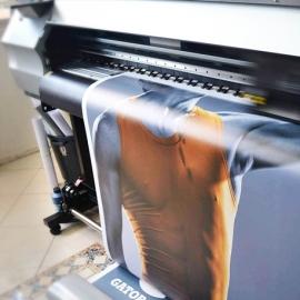CALIDAD ECO - LONA PVC FRONTLIT 410 GR. IMPRESIÓN 540 DPI - INTERIOR 3 AÑOS - EXTERIOR +/- 12 M.